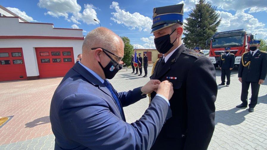 Powiatowe Święto Strażaka w straży pożarnej w Opatowie