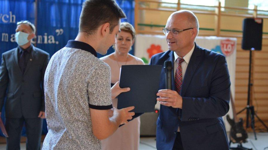 """Zakończenie roku szkolnego w opatowskim """"Bartoszu"""""""