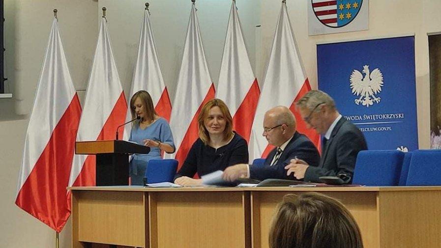 Podpisaliśmy umowę na dofinansowanie do funkcjonowania domów i klubu dla seniorów