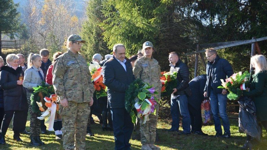 Uroczyste poświęcenie polskiej nekropolii