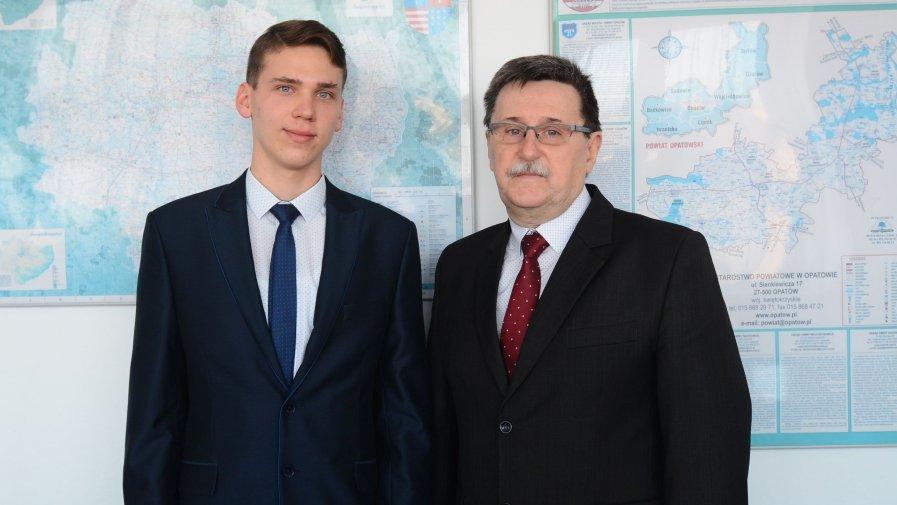 Szymon Kaczmarski z Ożarowa najlepszy z matematyki w województwie świętokrzyskim