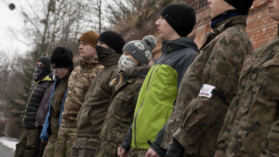 Opatowska ''Mundurówka'' na ekstremalnym szkoleniu z komandosami