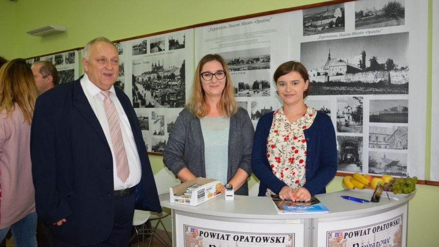 Kolarze znad morza jechali w Bieszczady przez Opatów