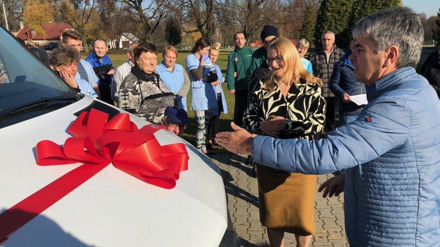 Nowy autobus dla Domu Pomocy Społecznej w Zochcinku