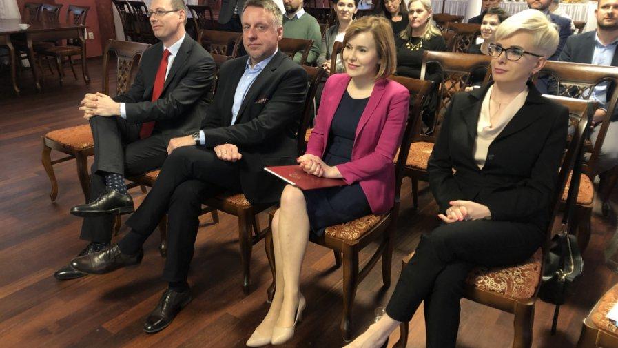 Konferencja w Hotelu Sarmata w Sandomierzu z udziałem wiceminister sportu i turystyki - Anny Krupki. Sandomierz. 09.05.2019 / Fot. Grażyna Szlęzak-Wójcik / Radio Kielce